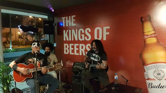 Jundiai, SP: Música ao vivo, pop rock, mpb, rock, só os melhores! The King Of Beers - Bar da Bud Jundiaí