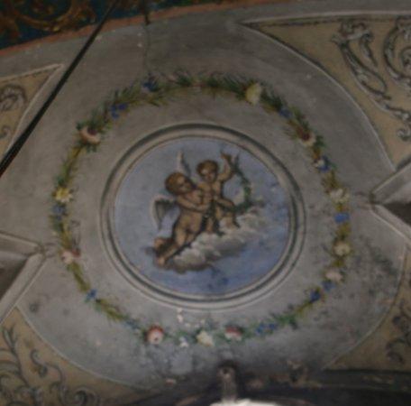 L'église Saint-Erasme de Cervione et son clocher isolé