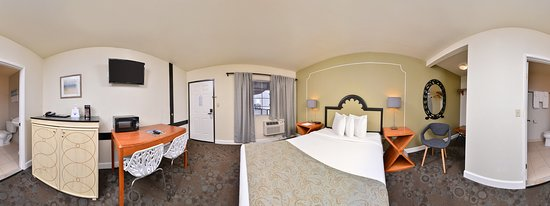 One Queen Bed Jacuzzi Guest Room - Picture of Americas Best Value Inn, Rancho Palos Verdes