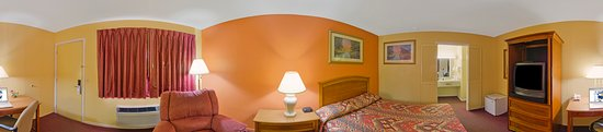 Two Double Beds - Picture of Americas Best Value Inn - Marion, Marion - Tripadvisor
