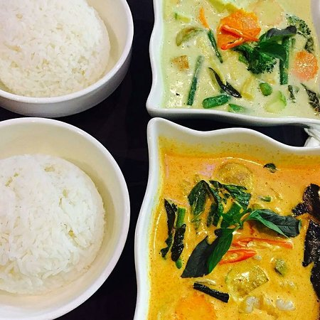 ASIAN GREEN OR RED CURRY CHICKEN ,BEEF ,PRAWN OR VEG