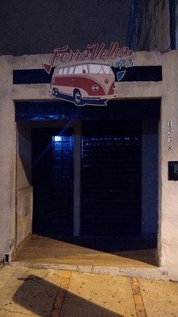 Ferro Velho Pub