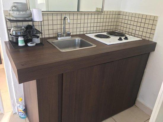 Carolina, Porto Rico : this is the small kitchen in perfect conditions