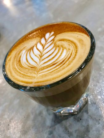 Piccolo latte = 4.5 ounces of goodness
