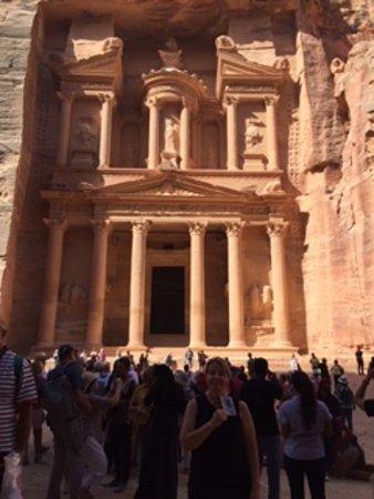 Петра/Вади-Муса, Иордания: Petra Jordan The Treasury