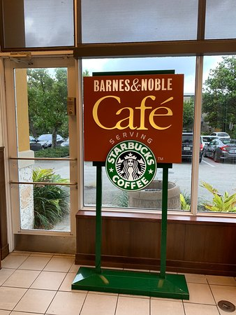 Starbucks 2051 N Federal Hwy Fort Lauderdale