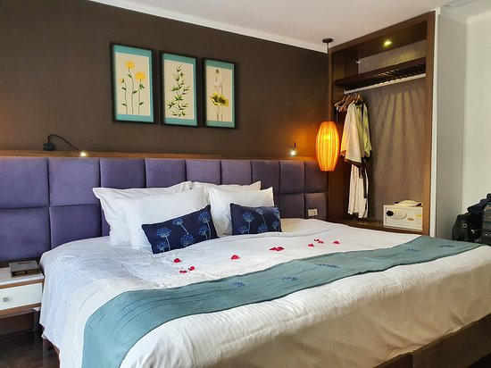 Essence Palace Hotel & Spa, Hotels in Hanoi