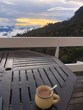 2D1N Mount Kinabalu Climbing: hot chocolate with sunset and mountain view in Laban Rata guest house :)