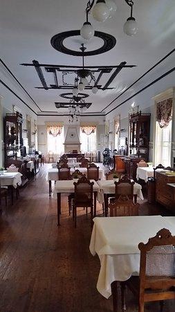 Speise-Frühstücks Raum...belle epoque !!