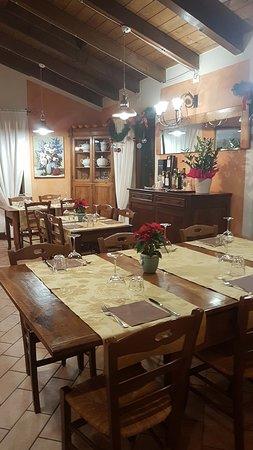 Cassana, Италия: Ora mai siamo pronti per Natale