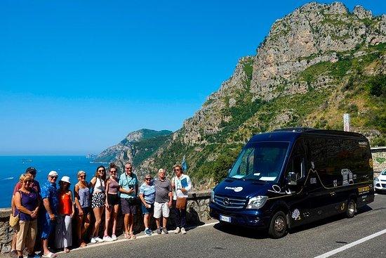 Experiencia por la costa de Amalfi...