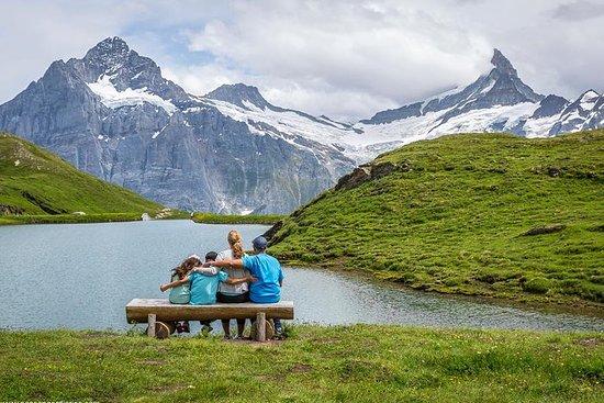 Grindelwald探险之旅,带有悬崖步道和来自卢塞恩的Bachalpse...