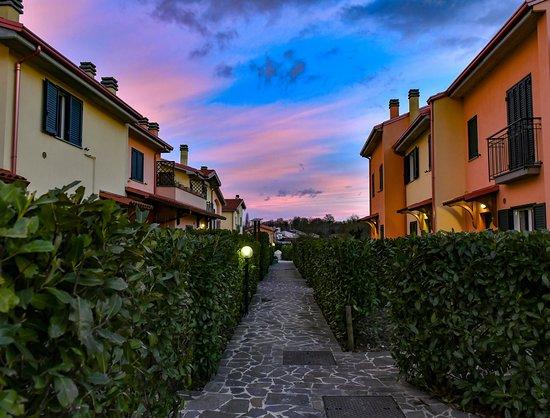 Panoramica esiloM - Picture of esiloM Aparthotel, Cantalupo nel Sannio - Tripadvisor