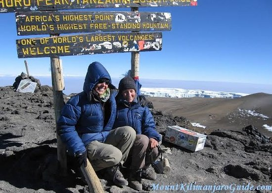 Kilimanjaro National Park, Tanzânia: miraclewildlifesafaritours offers in Mount Kilimanjaro or just Kilimanjaro (/ˌkɪlɪmənˈdʒɑːroʊ/),[8] with its three volcanic cones, Kibo, Mawenzi, and Shira, is a dormant volcano in Tanzania. It is the highest mountain in Africa and the highest single free-standing mountain in the world, with its summit of 5,895 metres (19,341 ft) above sea level and at about 4,900 metres (16,100 ft) high from its plateau base. Kilimanjaro is also the fourth most topographically prominent peak on Earth.