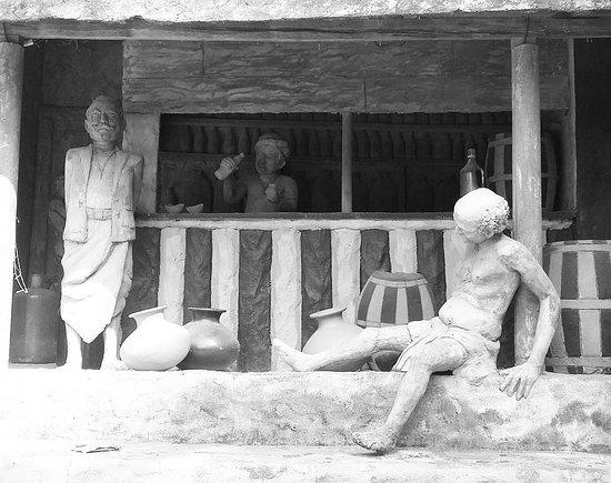 Uthuwankanda, Sri Lanka: toddy shop @Saradiel Village Theme Park