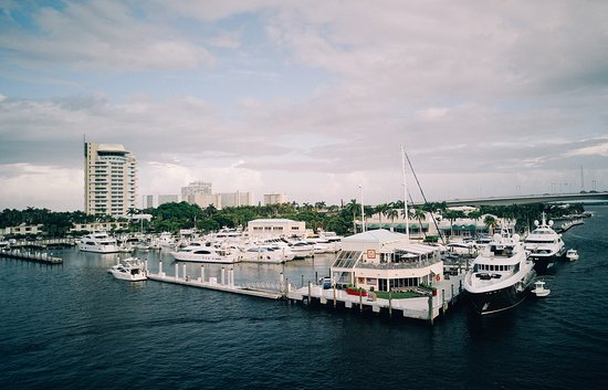 The best views of the Intracoastal Waterway.