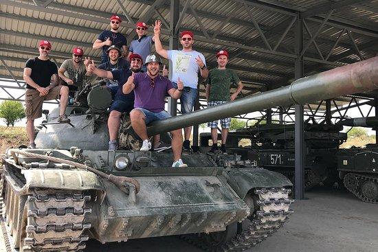 Gun shooting & Tank range | RunPrague.Fun