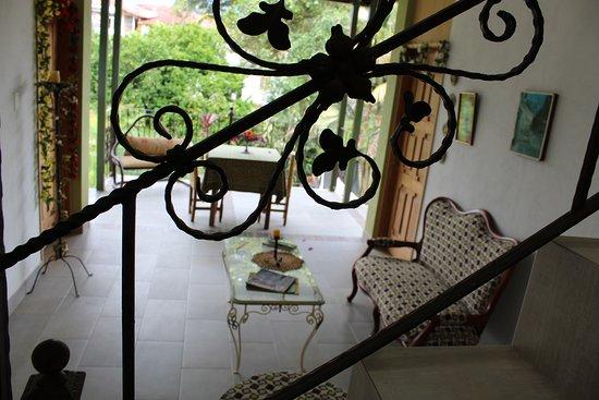 "Silvania, Colombia: Lobby ""CHALET"" 2do piso"