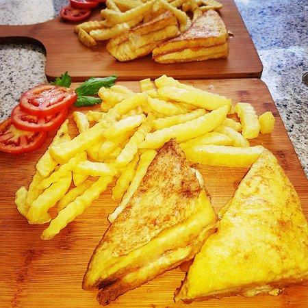 3 Cheeses Montecristo Sandwich