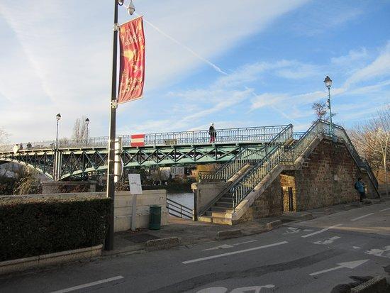 Passerelle de Bry sur Marne