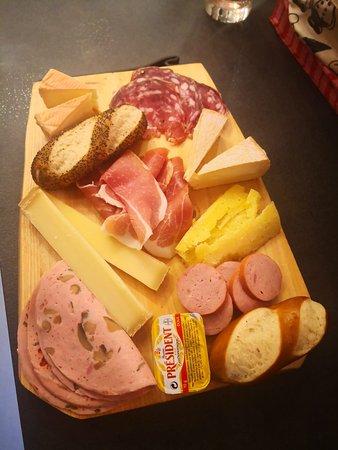 Pour les fans de Moricette, de fromages, de bonne charcuterie