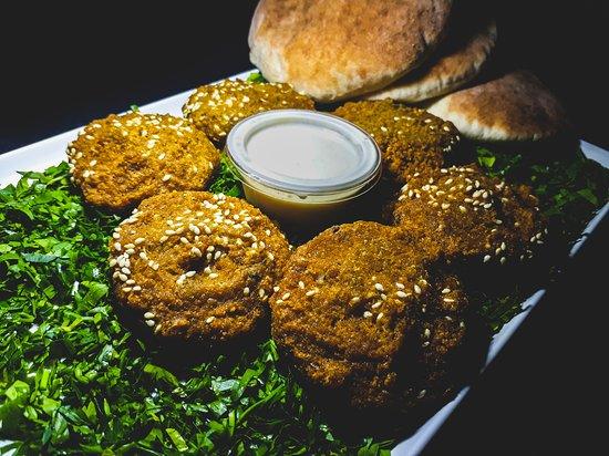 Kalba, איחוד האמירויות הערביות: #Falafel Pieces & Bread 