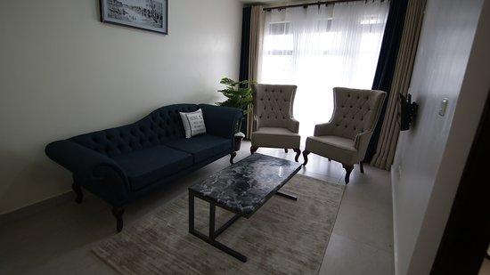 Ruaka, Kenya: Elegant furniture that gives you a modern and classy feel.