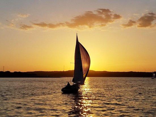 Lakeway, TX: Lake Travis sunset