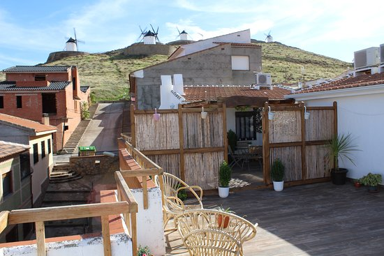 Apartamentos Turisticos OnceMolinos, hoteles en Consuegra