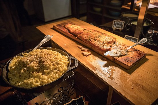 mac and cheese and salmon (the best dish)