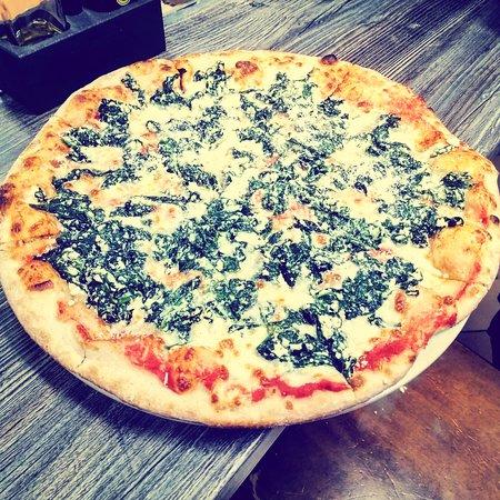 Pizza de requesón y espinacas