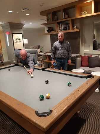 Executive lounge - upper level games room