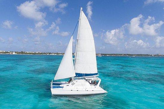 Catamaran Seiling og snorkling Opplev...
