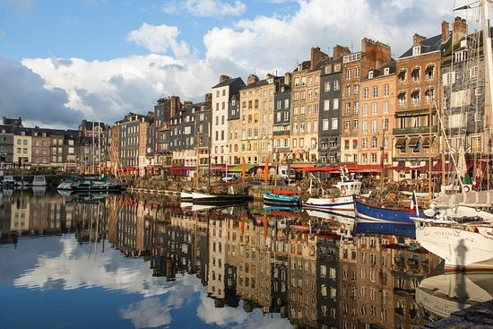 City Escape from Paris to Deauville in a Private Plane