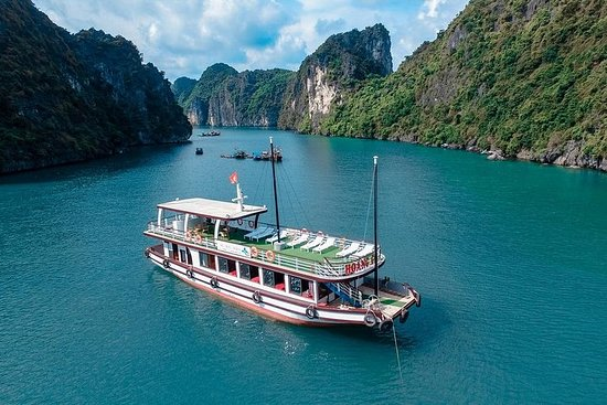 Baie de Lan Ha- Ha Long - Parc...