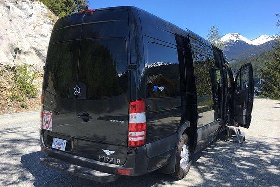 Tour privato in charter per esplorare Vancouver e