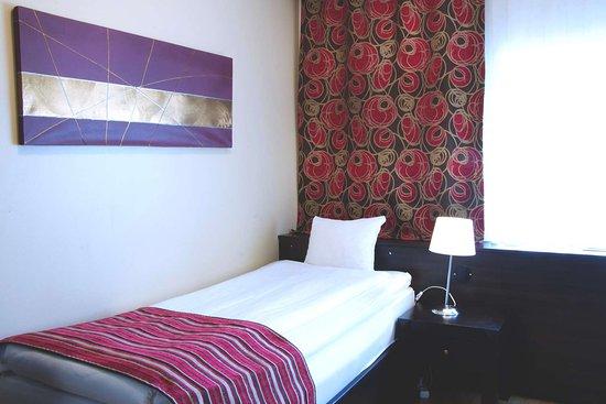 Guest Room Single Standard