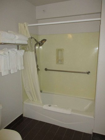 2 Queens Mobility Accessible Bathroom