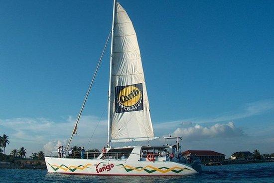 Anguilla Day Trip from St Maarten: Catamaran Sail to Shoal Bay