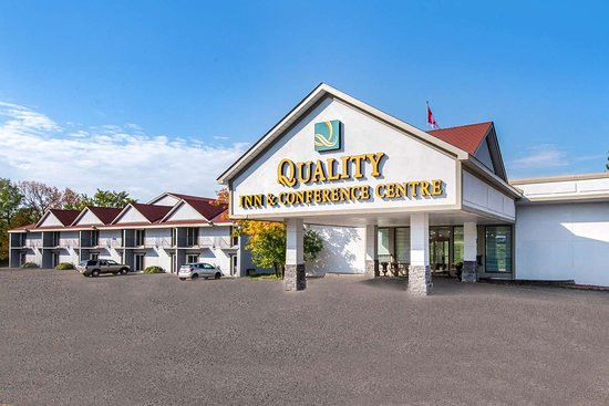 Quality Inn & Conference Centre Orillia, Hotels in Georgina
