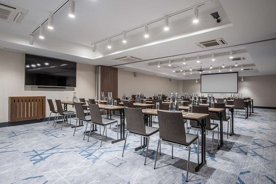 Iconic 1 and 2 meeting room