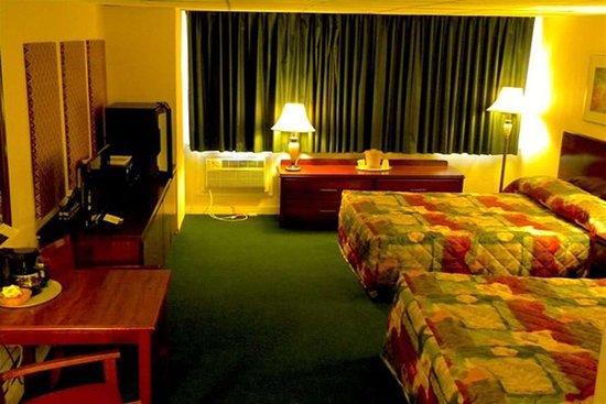 2 Queen Beds Non-Smoking