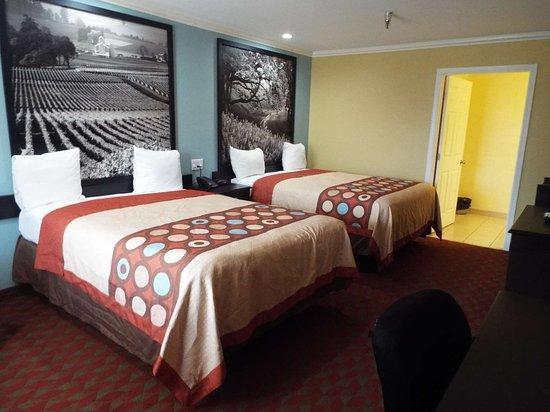 קינג סיטי, קליפורניה: Double Queen Guest Room