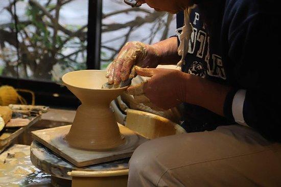 Une visite pour expérimenter Hasami Yaki avec 400 ans de tradition...