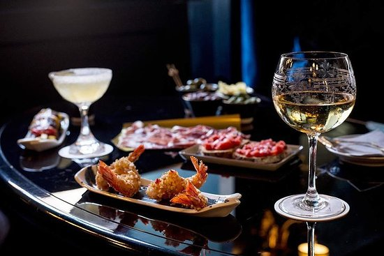 Aperitif Wine & Dine. Turin's Evening Out Tour 사진
