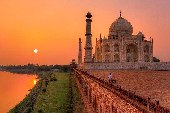 Tour du Taj Mahal en train Gatimaan...