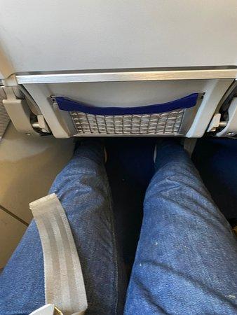 Lufthansa: De la place pour les jambes même quand on fait 1m88