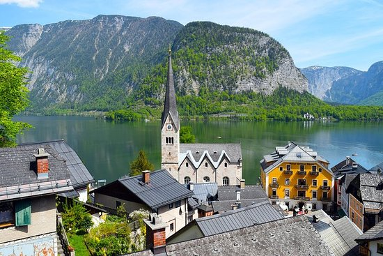 Tour privado de Eagle's Nest y Hallstatt desde Salzburgo