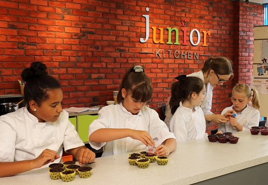 ‪Junior Kitchen‬