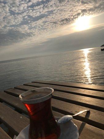 Ozdere, Turkey: Akşam çayı